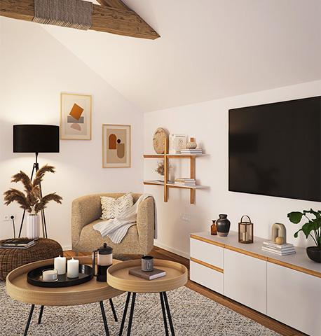 Wohnzimmer mit Dachbalken und einem weißen TV Lowboard, gelbem Sesessel, Wandregal sowie einem modernen Couchtisch Set